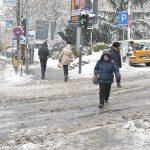 Од утре студено до  10  снег од вторник